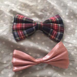 Two Hair bows hair clips/ Barrett's plaid and pink
